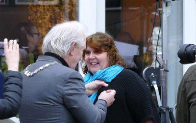 Initiatiefnemer Meentwerf ontvangt Gouden Gemeente-speld